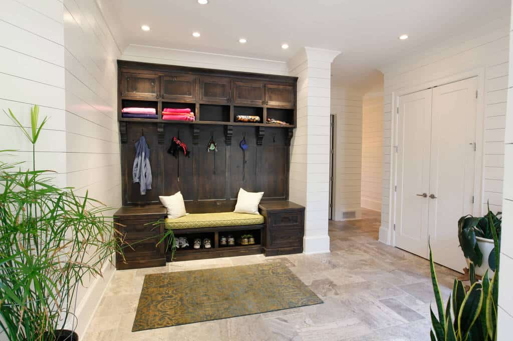 26 Fantastic Mud Room Designs