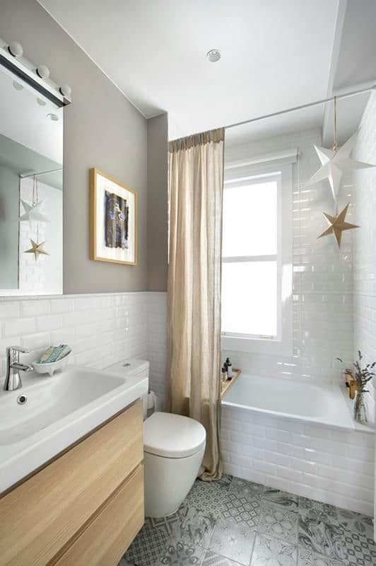 Eclectic and Glossy Subway Tile