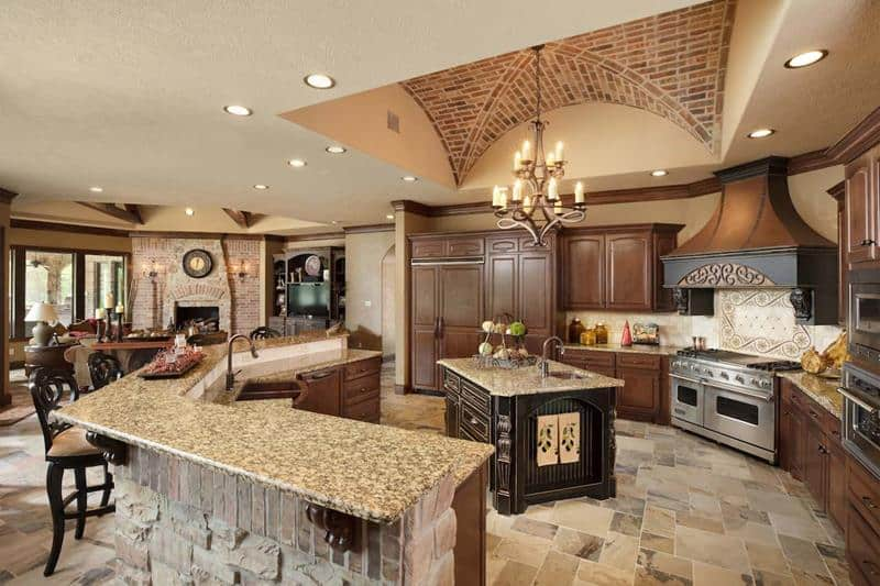 25 stunning spanish style kitchen designs rh homeawakening com