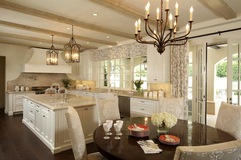 Traditional With Dining