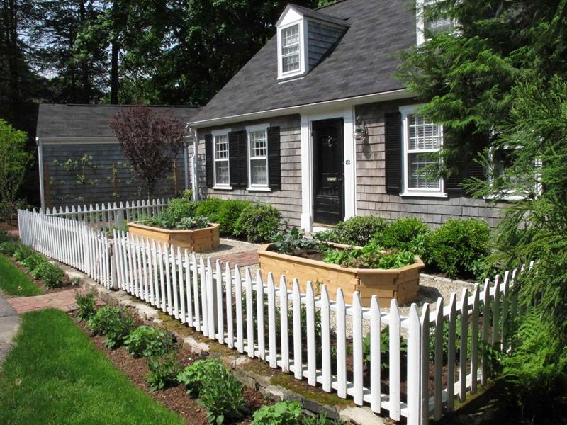 Classic Style With Garden