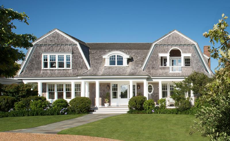 20+ Homes with Gambrel Roofs (Photo Gallery) - Home Awakening