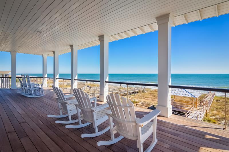 Large Beach Deck
