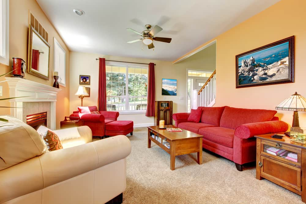 peach and red living room